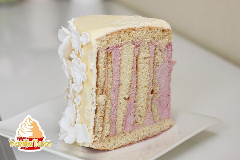 Anschnitt gewickelte Torte